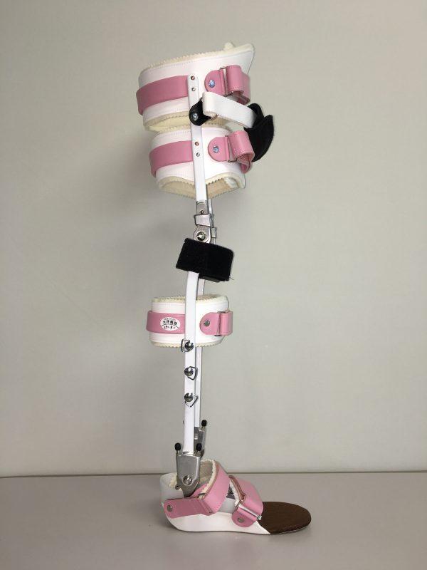 長下肢装具の画像