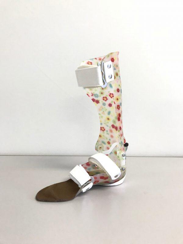 タマラック足継手付き短下肢装具 の画像