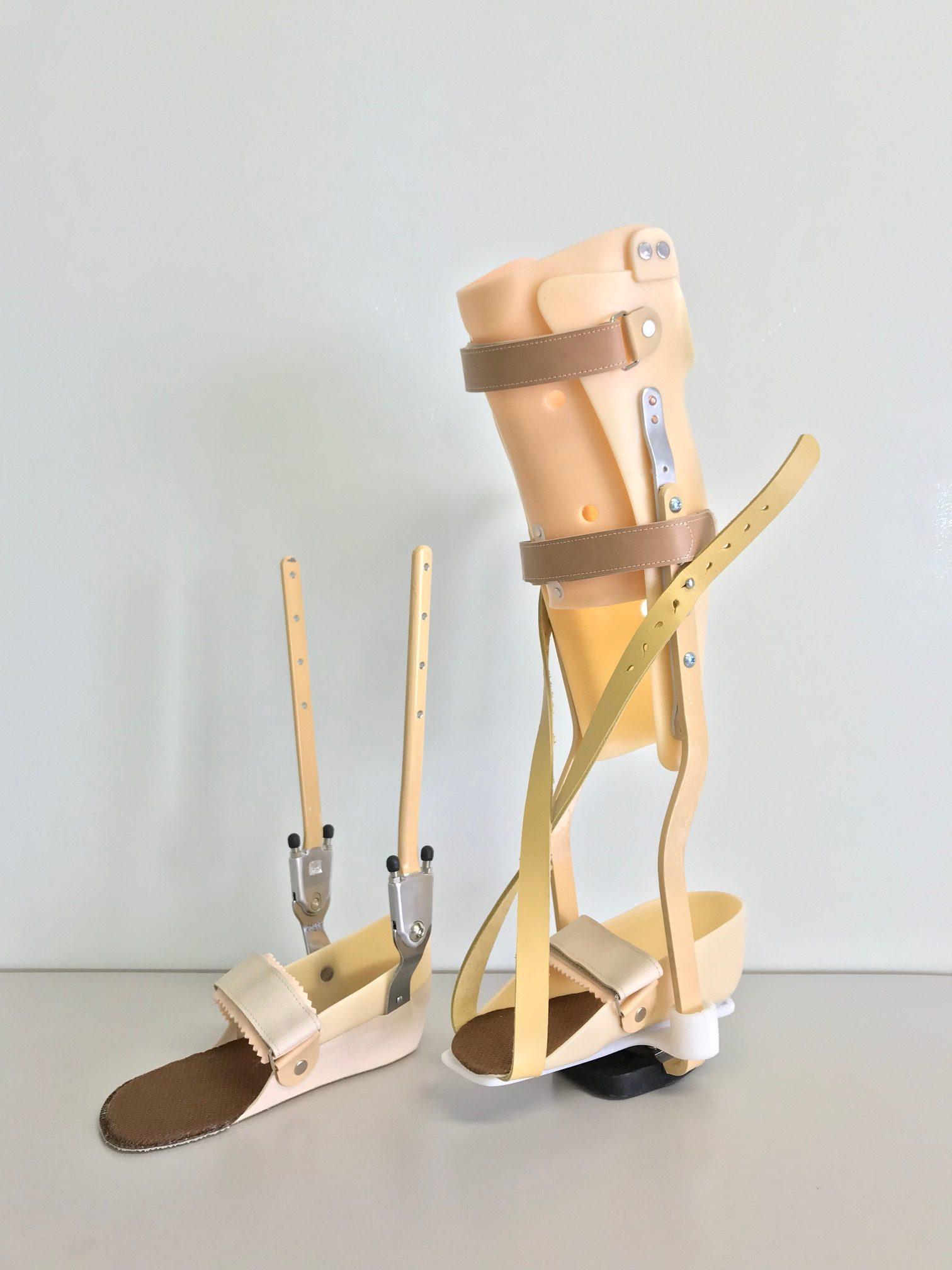 PTB短下肢装具の画像