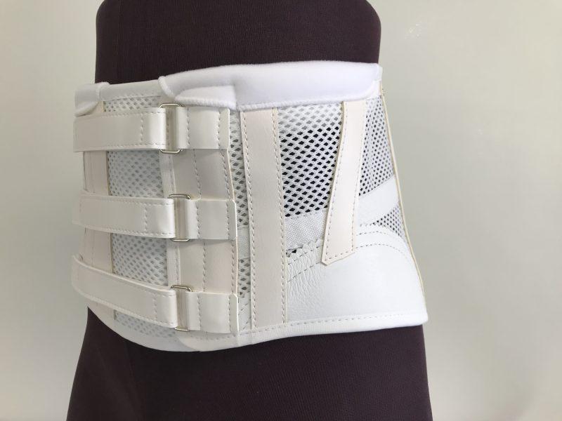 体幹装具 軟性コルセットの画像