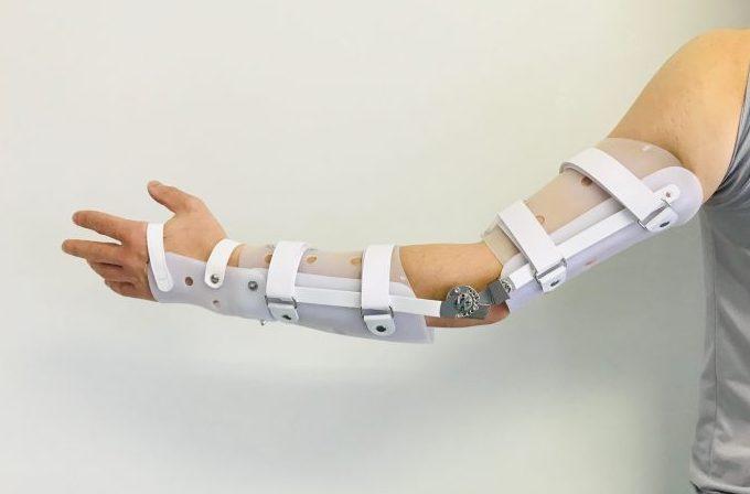 ダイヤルロック肘継手付き肘装具の画像