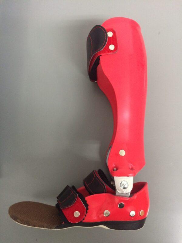 PDC足継手付短下肢装具の画像